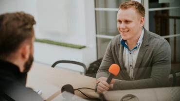 Podcast Zawodowcy.fm – o tym jak zbudowaliśmy dom produkcyjny Foszer Sawicki
